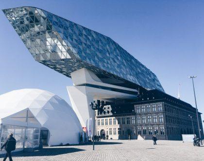 Port House - Zaha Hadid | Arquitectura en Flandes