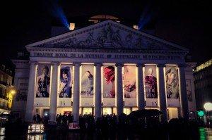 asdzxfgcknjkm La Nuit Blanche llenó de arte el centro de Bruselas - asdzxfgcknjkm 300x199 - La Nuit Blanche llenó de arte el centro de Bruselas