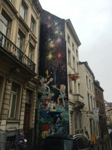 IMG_6999 peti ¿Qué nos cuentan las calles de Bruselas? - IMG 6999 peti 225x300 - ¿Qué nos cuentan las calles de Bruselas?
