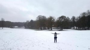 fullsizerender-6 La nieve se acomoda en las calles de Bruselas - FullSizeRender 6 300x169 - La nieve se acomoda en las calles de Bruselas