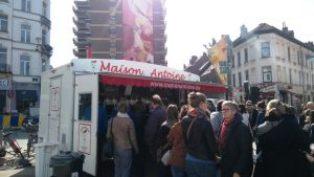"Top ""friteries"" de Bruselas - Nuevo foodtruck Maison Antoine 300x169 - Top ""friteries"" de Bruselas"