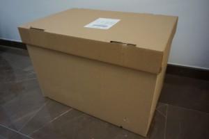 Caja cuyo tamaño permite almacenar 18kg ¿Viajas con maletas o con cajas? - 3 300x200 - ¿Viajas con maletas o con cajas?