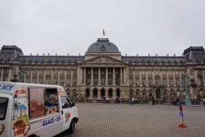 - DSC04372 300x200 - 6 horas en Bruselas