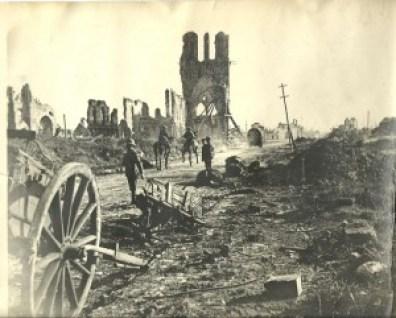Ypres (11)  - Ypres 11 300x241 - Ypres, una ciudad nueva con siglos de historia