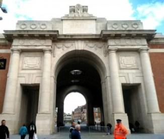 Ypres (6)  - Ypres 6 300x254 - Ypres, una ciudad nueva con siglos de historia