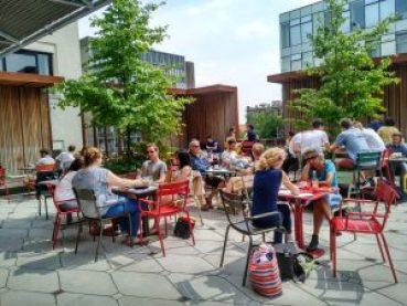 Terrazas de Gante (12) Top 5 las mejores terrazas de Gante - Terrazas de Gante 12 300x225 - Top 5 las mejores terrazas de Gante