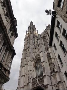 Amberes (con otros ojos) - catedral 225x300 - Amberes (con otros ojos)