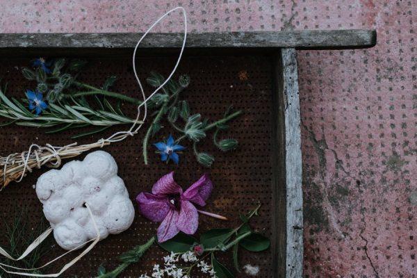 5 Petali Bagno e crema doccia solido per pelli secche - Ethicalgrace | Erboristeria Erbainfusa Como | Shop Online 2