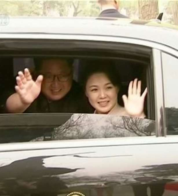 2021-02-0_Still-image-of-North-Korean-leader-Kim-Jong-Un-and-his-wife-Ri-Sol-Ju-waving-and-smiling