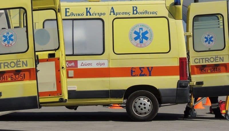 Aπεργούν σήμερα οι εργαζόμενοι στο ΕΚΑΒ λόγω της υποχρεωτικότητας των εμβολίων