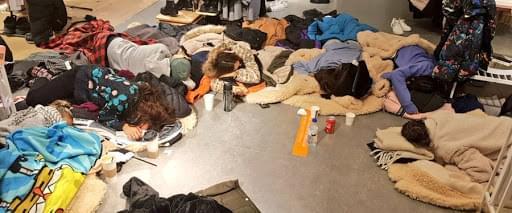 Υπάλληλοι του ΖARA στην Ισπανία κοιμήθηκαν στο πάτωμα γιατί τους απαγόρευσαν να φύγουν νωρίτερα εν μέσω χιονοθύελλας
