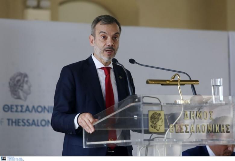 Για διώξεις εργαζομένων καταγγέλλει τον Δήμαρχο Θεσσαλονίκης η Π.Ο.Ε.-Ο.Τ.Α.