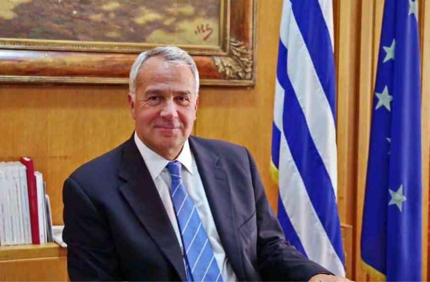 Δημόσιο: Φέρνει απολύσεις ο Βορίδης, όπως ο Μητσοτάκης;