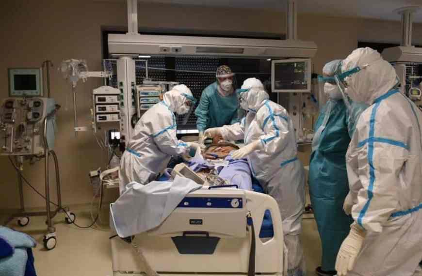2 Στους 100 Που Νοσηλεύονται Στις ΜΕΘ Με Κορονοϊό Παθαίνουν Εγκεφαλικό