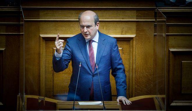 Βουλή: Έκθεση – καταπέλτης για το νομοσχέδιο Χατζηδάκη