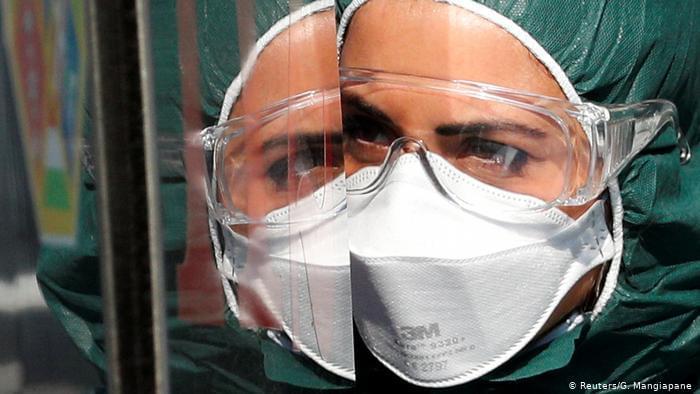 Ιταλία: Υγειονομικοί προσέφυγαν στη Δικαιοσύνη κατά του υποχρεωτικού εμβολιασμού