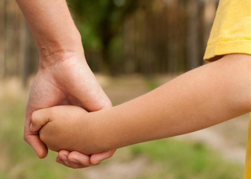 Τι αλλάζει στις άδειες γονέων Δημοτικών Υπαλλήλων με το Νόμο 4830/2021
