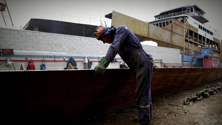 Υπεγράφη νέα ΣΣΕ στη ναυπηγοεπισκευή μετά τον αγώνα των μεταλλεργατών