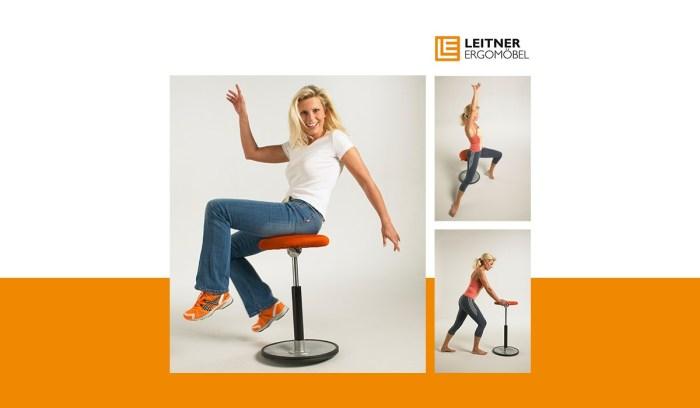 Rückenübungen auf Bewegungshocker und Stehhilfe LeitnerWipp