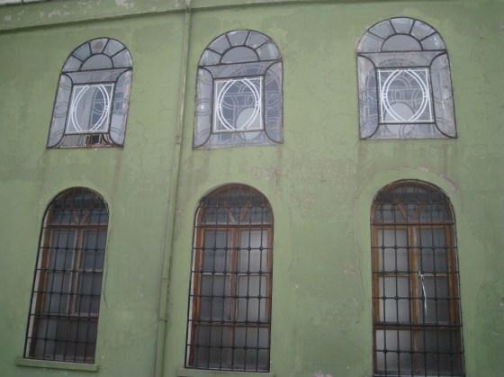 Alt ve Üst Kat Pencereleri