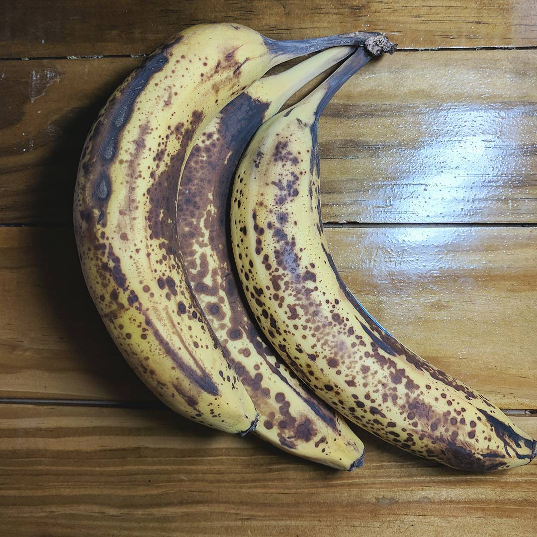 These are the perfect bananas to freeze for banana icecreamhellip