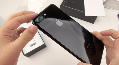 iPhone 7 Plus Jet Black: Unboxing a Unicorn!
