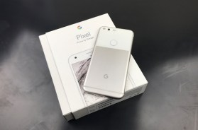 Google Pixel: Unboxing & Initial Review (Questions Anyone?)