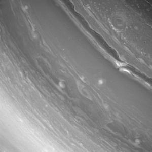 Turbulences dans l'atmosphère de Saturne © NASA/JPL/Caltech/Space-Science-Institute