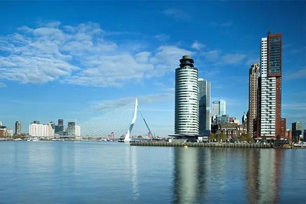 Erasmusbrug-Kop van Zuid-Rotterdam
