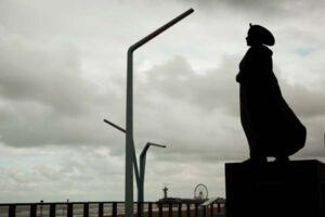 Timelapse-Scheveningen-Statue