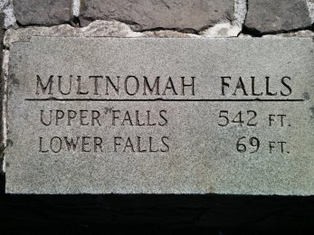 Multnomah Falls 018