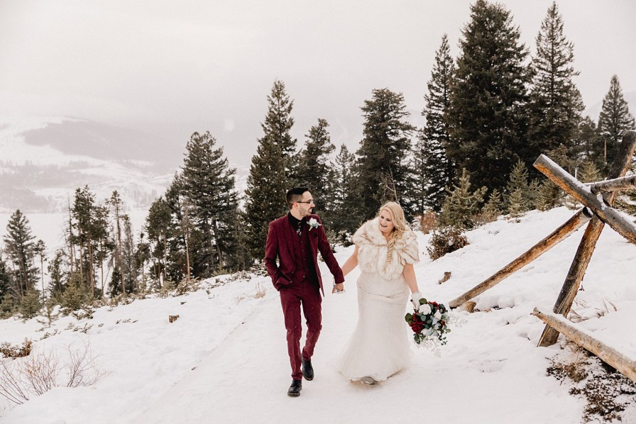 Snowy day in December for Sapphire Point elopement