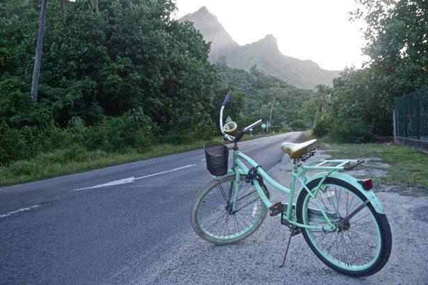 Around Moorea by Bike
