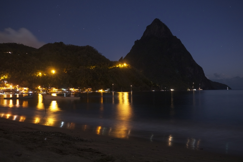 soufriere-at-night