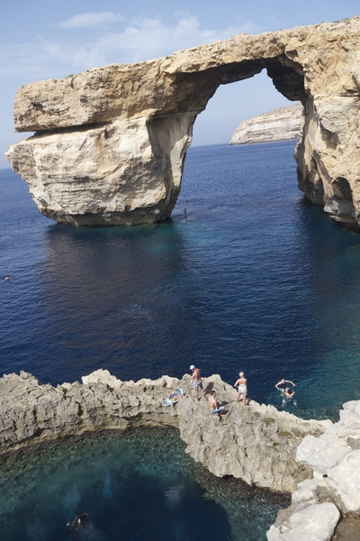 azure-window-and-blue-hole