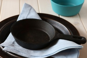 Cleaning your Pots and Pans so they look like new again