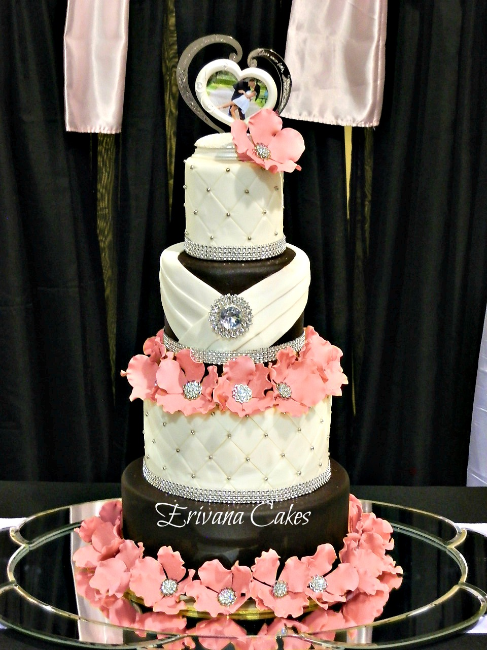 Photo Gallery   Erivana Cakes Black  Pink and white wedding cake