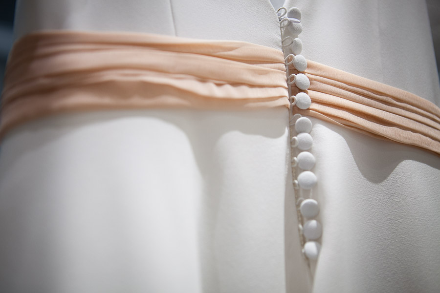 wedding dress details at istanbul elopement