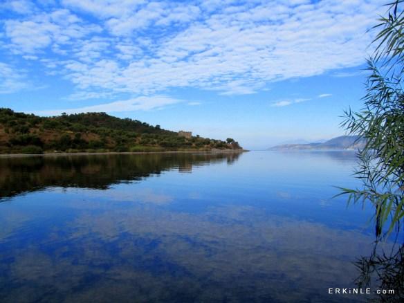 Bafa Gölünde Pınarcık iskelesi