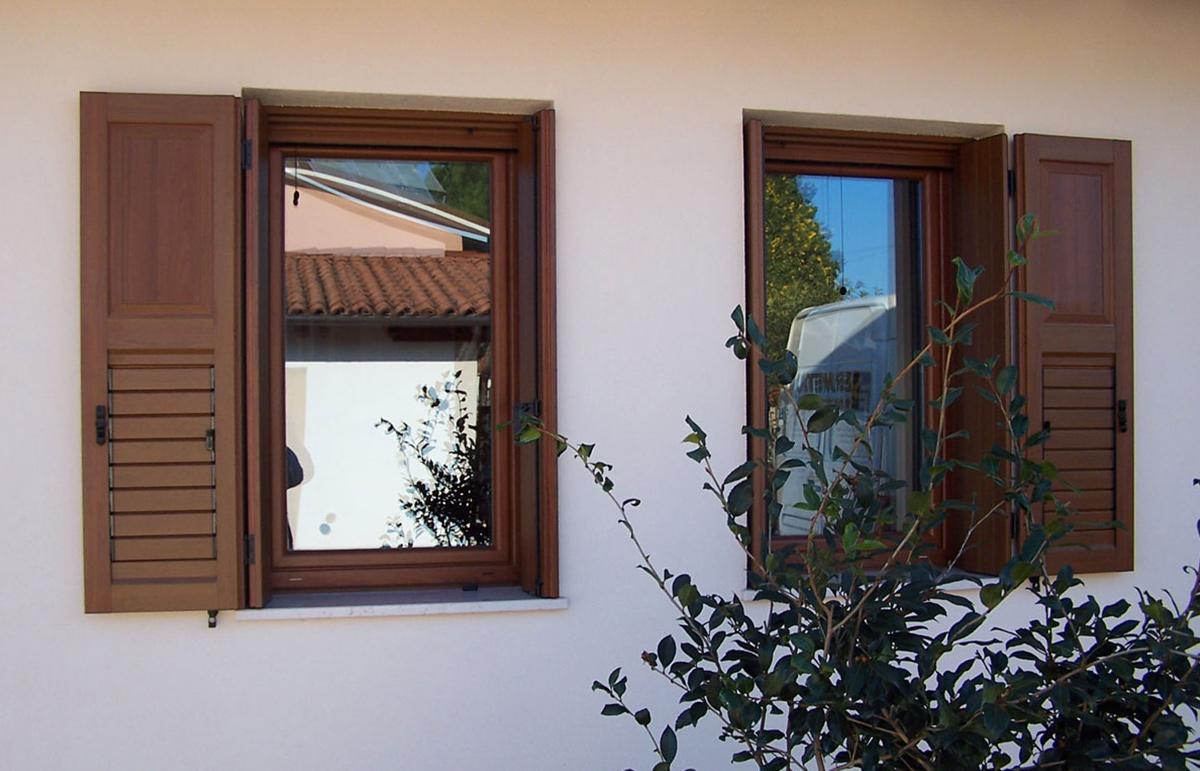 Destrazione Fiscale e Sostituzione Produzione Montaggio Vendita Serramenti Finestre Infissi In Pvc Udine Trieste Gorizia