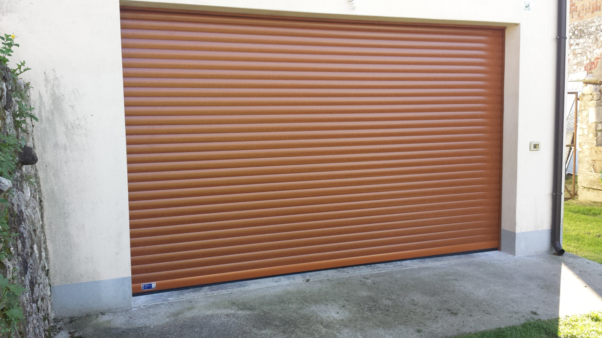 Serranda garage avvolgibile