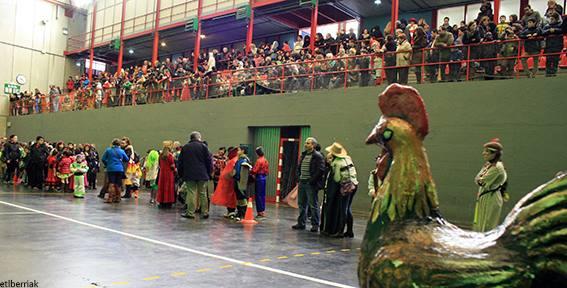 Comienzan los carnavales 2014 con el Día del Gallo