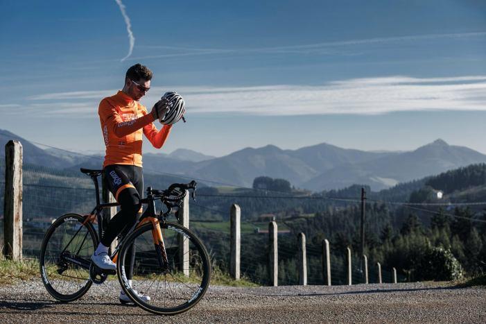Peio Goikoetxea se retira del ciclismo tras una operación de riñón