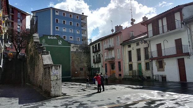 En marcha el proyecto del paso entre Erdikokale y la plaza de Ermua
