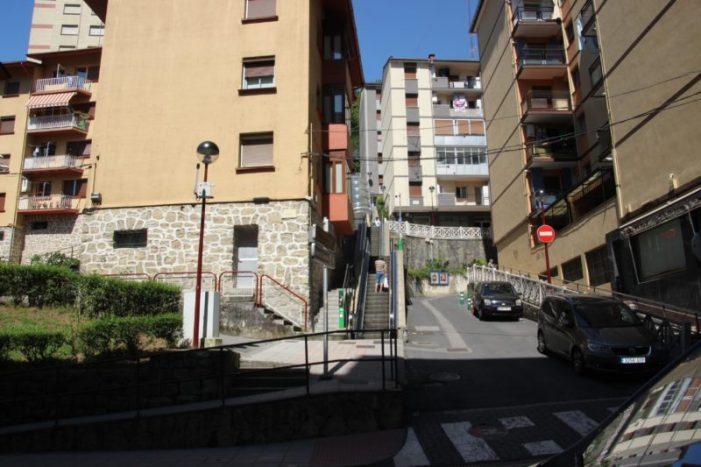 El arreglo de las escaleras mecánicas de Zerukoa comenzaráa finales de mes