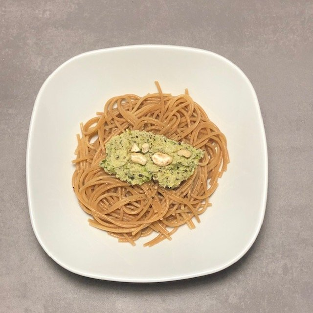 So bereitet ihr aus Rosenkohl ein leckeres Pesto