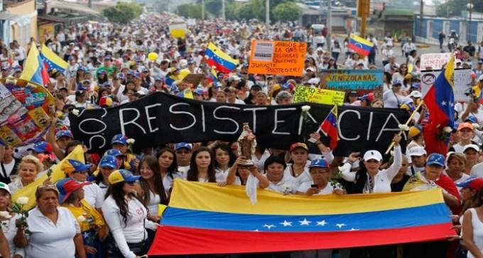 Il Venezuela sull'orlo del baratro evi