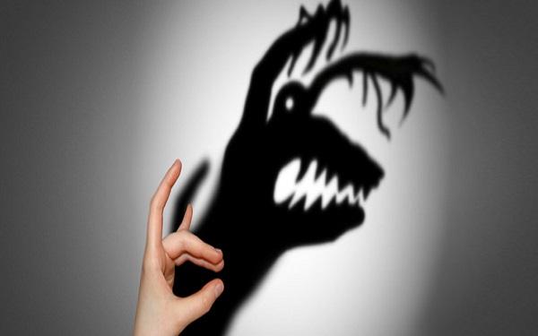 Riscenziello: un viaggio tragicomico nell'ansia