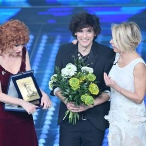 Dove il Sì suona: la società Dante Alighieri premia Sanremo