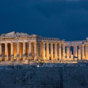 Atene difende il valore della sua Acropoli: NO alla sfilata di Gucci